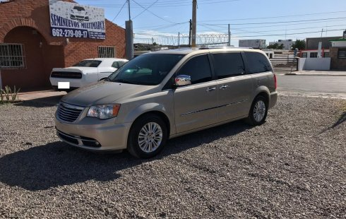 Chrysler Town And Country 2014 Limited