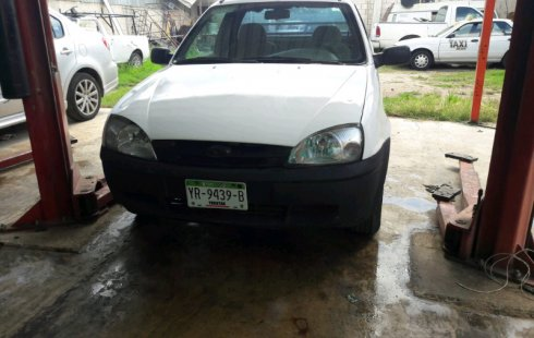 Se vende urgemente Ford Courier 2003 Manual en Mérida