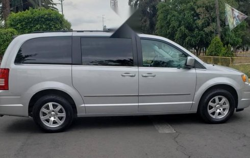 Chrysler Town & Country impecable en Gustavo A. Madero más barato imposible