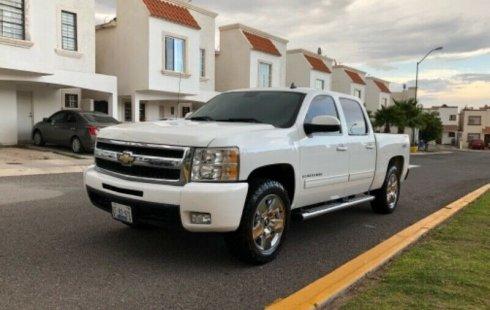 Quiero vender cuanto antes posible un Chevrolet Cheyenne 2010