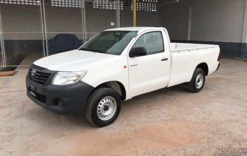 Toyota Hilux 2015 blanca
