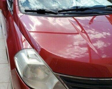 Vendo un carro Nissan Tiida 2010 excelente, llámama para verlo