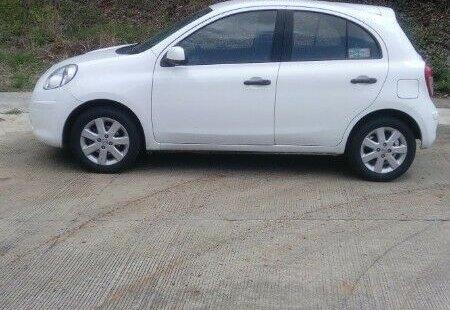 Me veo obligado vender mi carro Nissan March 2012 por cuestiones económicas