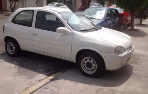 Vendo un carro Chevrolet Chevy 2001 excelente, llámama para verlo