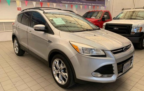 Vendo un Ford Escape en exelente estado