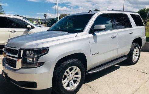 Me veo obligado vender mi carro Chevrolet Tahoe 2017 por cuestiones económicas