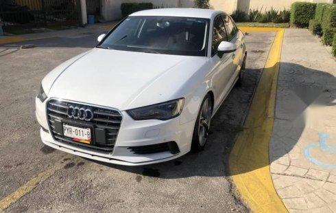 Carro Audi A3 2015 de único propietario en buen estado