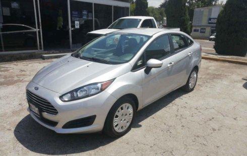 En venta un Ford Fiesta 2015 Automático en excelente condición