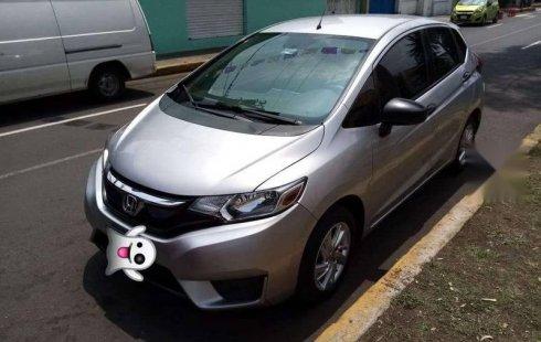 Se vende urgemente Honda Fit 2015 Manual en Tlalpan