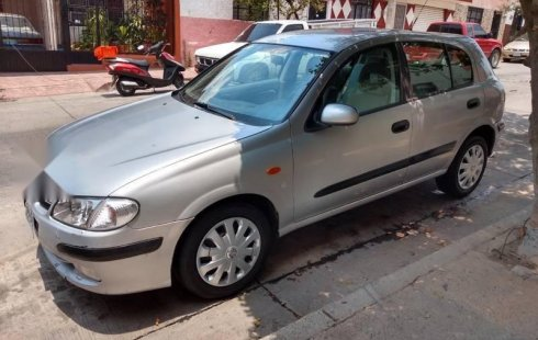 No te pierdas un excelente Nissan Almera 2002 Manual en Guadalajara