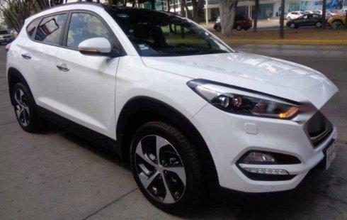 Carro Hyundai Tucson 2017 de único propietario en buen estado