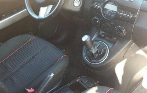 Vendo un Mazda 2 impecable