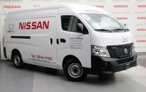 Un Nissan Urvan 2018 impecable te está esperando