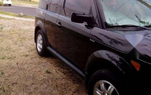 Quiero vender urgentemente mi auto Honda Element 2006 muy bien estado
