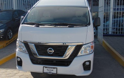 Tengo que vender mi querido Nissan Urvan 2018 en muy buena condición