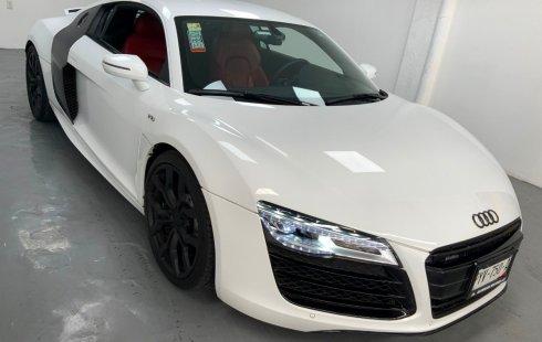 Vendo un Audi R8 impecable