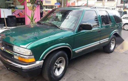 Pongo a la venta cuanto antes posible un Chevrolet Blazer que tiene todos los documentos necesarios