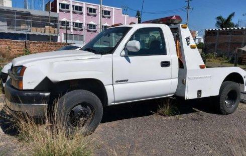Urge!! Un excelente Chevrolet 3500 2006 Manual vendido a un precio increíblemente barato en Guadalajara