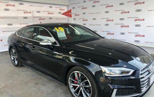 Carro Audi S5 2019 de único propietario en buen estado