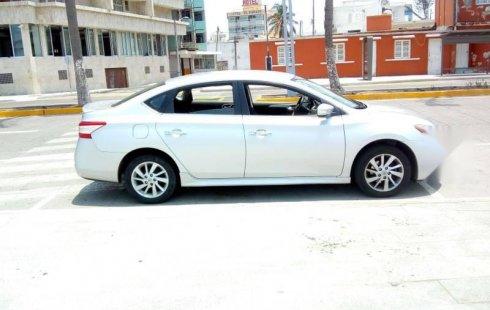Quiero vender urgentemente mi auto Nissan Sentra 2015 muy bien estado