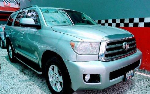 Vendo un carro Toyota Sequoia 2008 excelente, llámama para verlo