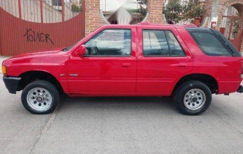 Vendo un carro Isuzu Rodeo 1994 excelente, llámama para verlo