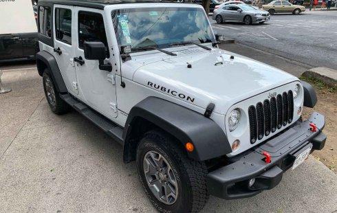 Pongo a la venta cuanto antes posible un Jeep Wrangler en excelente condicción