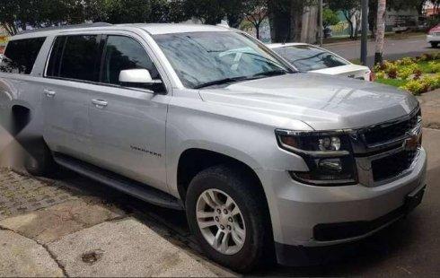 Urge!! Un excelente Chevrolet Suburban 2018 Automático vendido a un precio increíblemente barato en Iztacalco