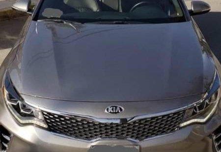 Me veo obligado vender mi carro Kia Optima 2018 por cuestiones económicas