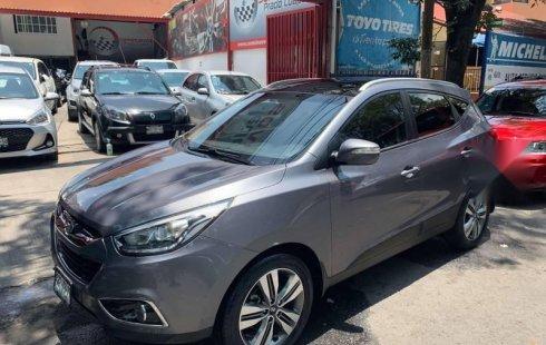 Pongo a la venta un Hyundai Tucson en excelente condicción