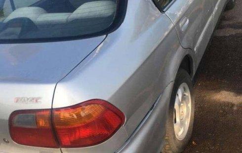 Quiero vender inmediatamente mi auto Honda Civic 2000 muy bien cuidado
