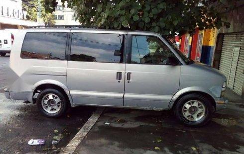 Vendo un carro Chevrolet Astro 1997 excelente, llámama para verlo