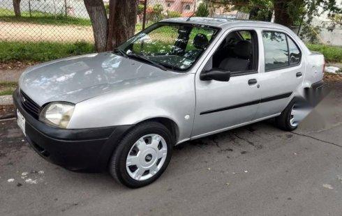 Quiero vender inmediatamente mi auto Ford Ikon 2004