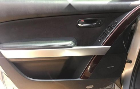 Carro Mazda CX-9 2014 de único propietario en buen estado