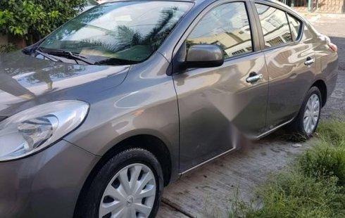 Nissan Versa usado en Guadalajara