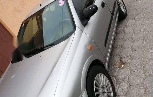 Precio de Nissan Almera 2004