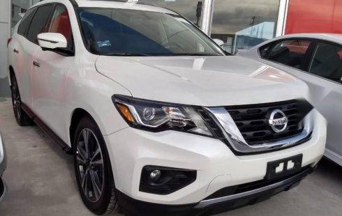 Quiero vender inmediatamente mi auto Nissan Pathfinder 2018 muy bien cuidado