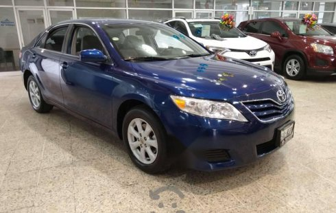 Toyota Camry 2010 impecable