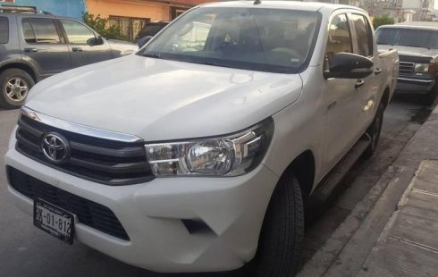 Toyota Hilux impecable en General Escobedo más barato imposible