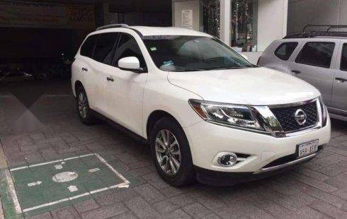 Vendo un Nissan Pathfinder por cuestiones económicas