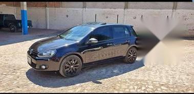 Quiero vender inmediatamente mi auto Volkswagen Golf 2013 muy bien cuidado