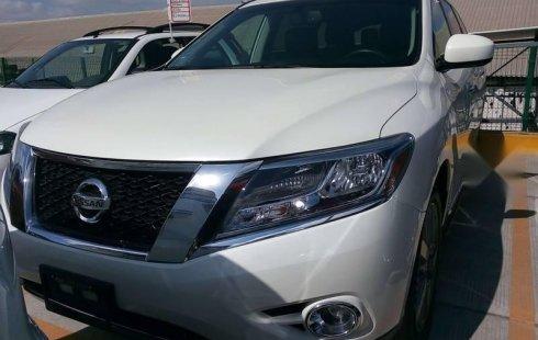 Quiero vender un Nissan Pathfinder en buena condicción