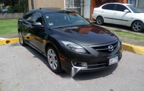 Carro Mazda 6 2013 de único propietario en buen estado