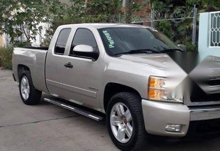 Precio de Chevrolet Cheyenne 2007