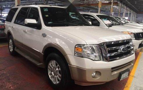 Quiero vender un Ford Expedition en buena condicción