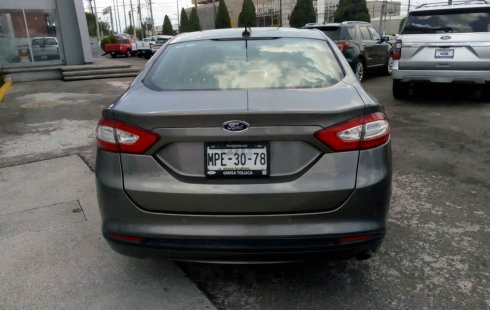 Ford Fusion impecable en Toluca