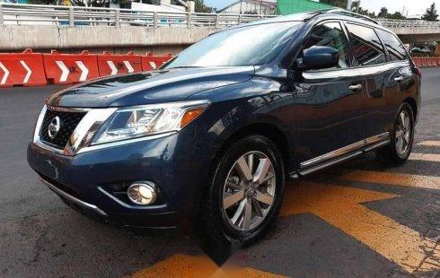 Auto usado Nissan Pathfinder 2015 a un precio increíblemente barato