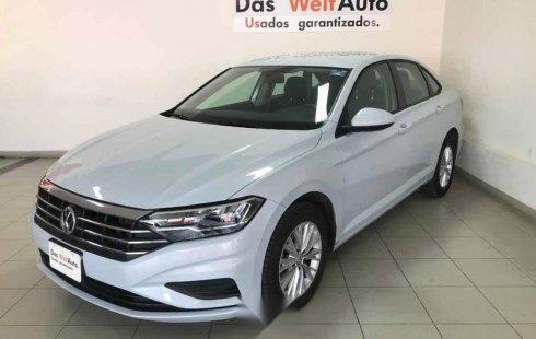 Tengo que vender mi querido Volkswagen Jetta 2019 en muy buena condición