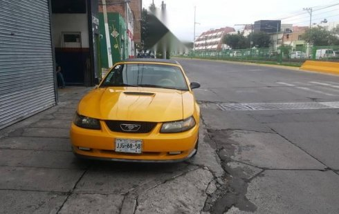 Ford Mustang 2000 impecable