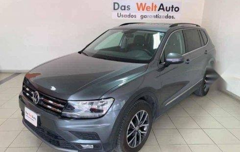 Vendo un carro Volkswagen Tiguan 2018 excelente, llámama para verlo